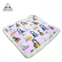 PET BED - TIMELESS TREASURES 'ROYAL CATS ON PINK'